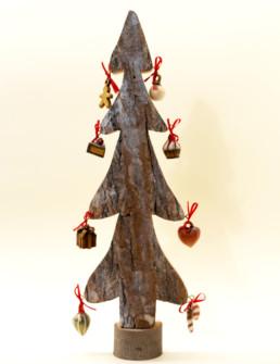 Albero in corteccia di legno grande
