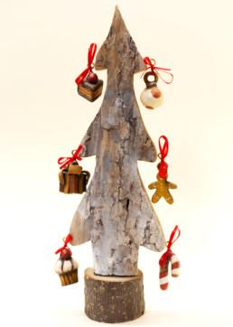 Albero in corteccia di legno piccolo